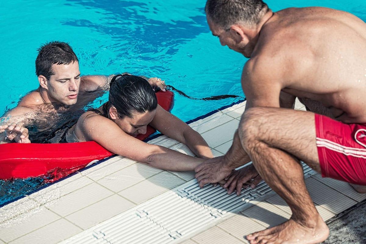 Lifeguard Certification | Swimming | Programs & Activities | YMCA of Greater Cincinnati
